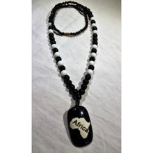 Load image into Gallery viewer, African Map Pendant On Black And White Beads Necklace