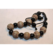 Load image into Gallery viewer, African Black & Cream Beads Bracelet