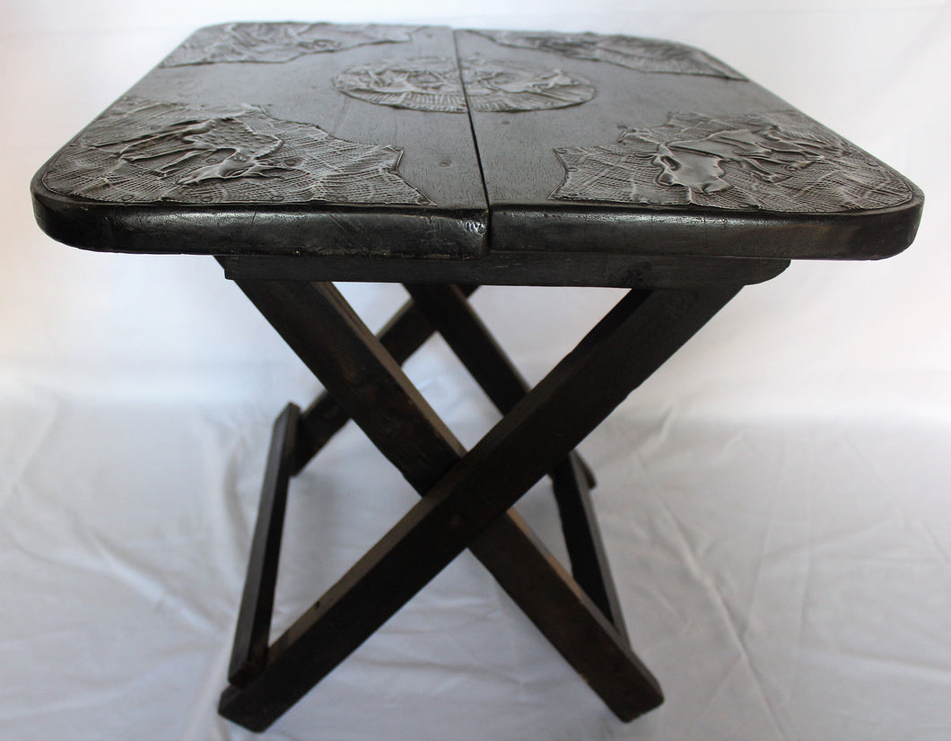 Foldable Ornamented Black Table