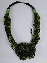 Load image into Gallery viewer, Elegant Green Knotted Beads Necklace