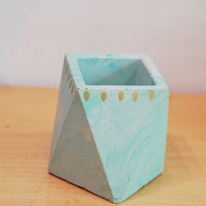 GEOMETRIC CEMENT POT
