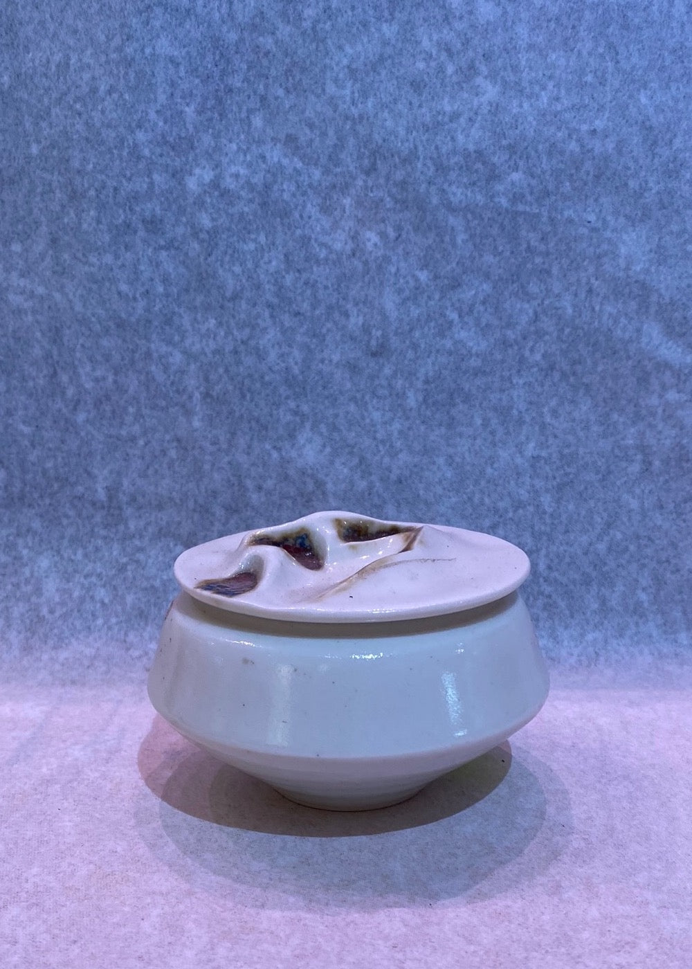 STUDIO ART VASE WITH LID