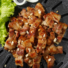 Load image into Gallery viewer, Soy Garlic Samgyupsal 500g 간장 마늘 삼겹살