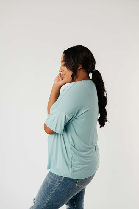 Top Stitch V-Neck In Aqua