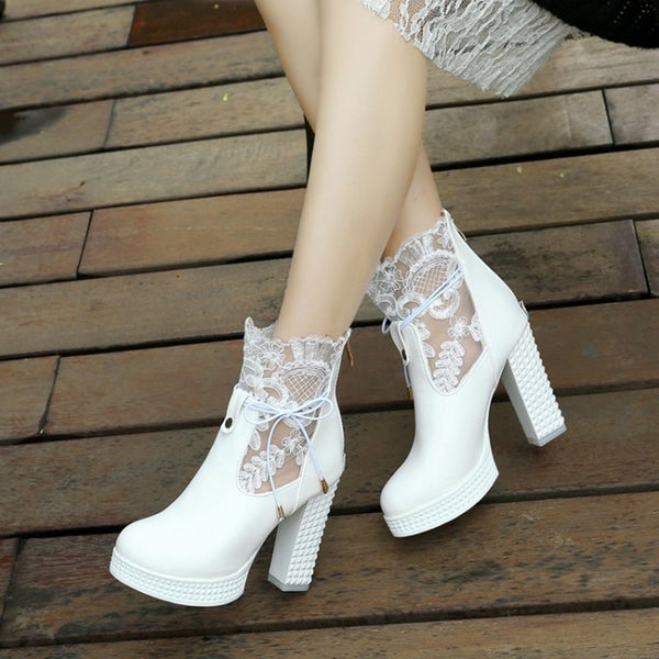 Round Toe Plain Back Zip Chunky Heel Short Floss Lace-Up Boots