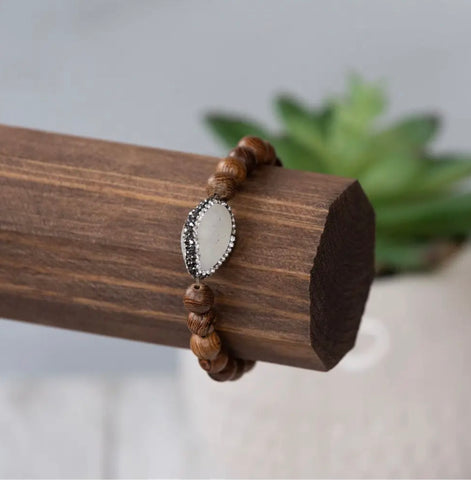 Bracelet - Sia stretch wooden beads with clear stone