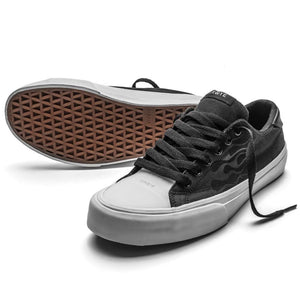 SNEAKERS & SKATE SHOES | STRAYE STANLEY BLACK FLAMES