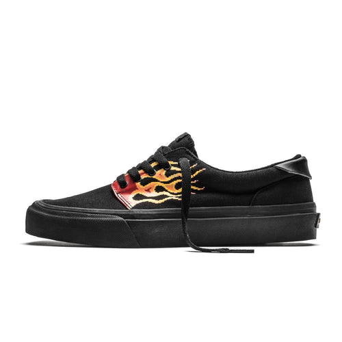 SNEAKERS & SKATE SHOES | STRAYE FAIRFAX PIXEL FLAMES BLACK