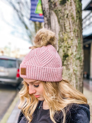 Snowy Weather Heathered Beanie w Faux Fur Pom - Rose