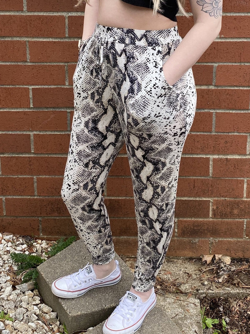 High-waisted Snakeskin Joggers