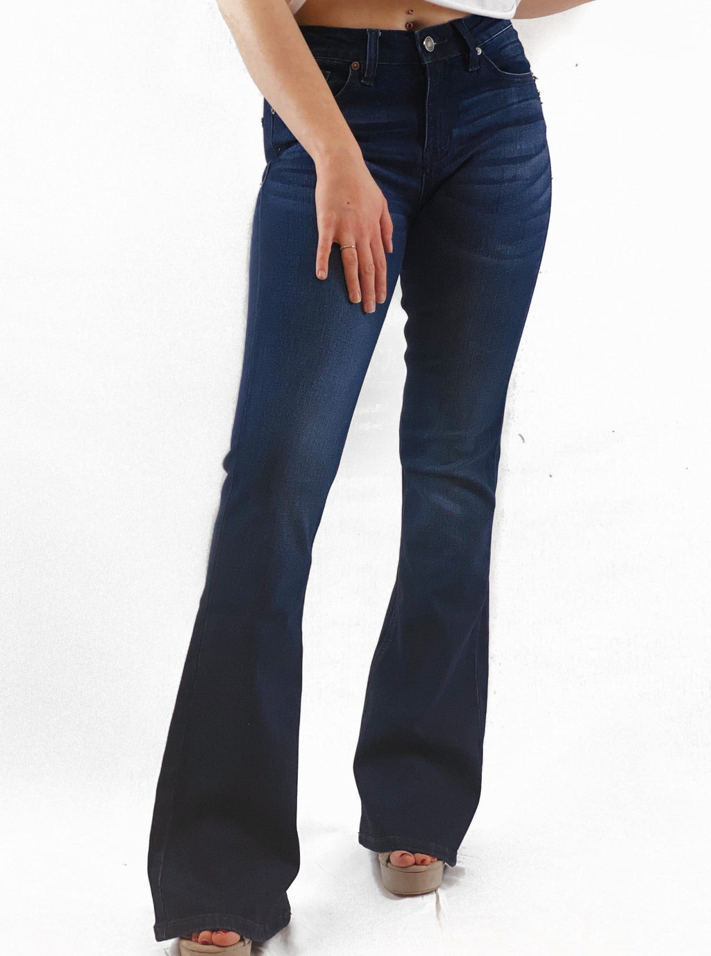 Dark Wash Flare Jeans - bigcityboutique