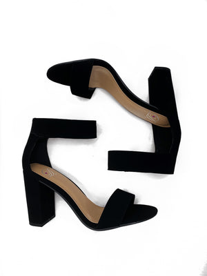 Open Toe Ankle Strap Chunky Heels - Black - bigcityboutique