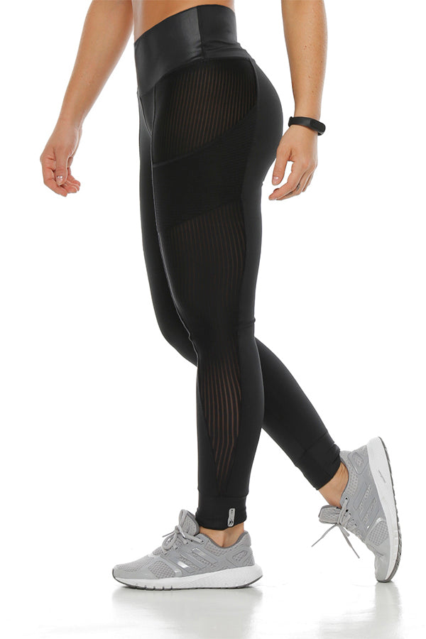 The Black Kurve Legging