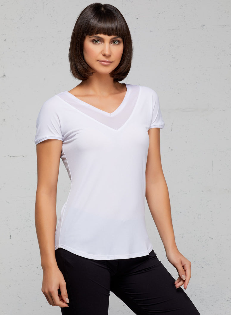 Relaxed fit Pullover style V-neckline with mesh detail Mesh back panel Short sleeves Rounded hem; slightly longer at back Silky, mid-weight stretch jersey Wrinkle resistant Fabric offers UPF 50+ protection ( ONLY MESH PART) Jersey: imported 96% polyester / 4% Elastane Mesh: Imported 94% polyamide / 6% elastane Made in Italy