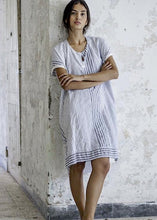 Load image into Gallery viewer, Hannoh Wessel's women's clothing line boasts impeccable craftsmanship that pays tribute to the Slow Fashion Movement. The H+ Hannoh Wessel collections are based upon the principals of refined comfort and timelessness, employing natural materials and artisan craftsmanship in creating the line's shirts, skirts, jackets, and trousers.  99% cotton and 1% elastane Made in Italy