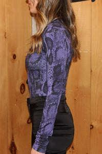 V neck bodysuit  Color: Lilac  95% Viscose  5% Elastane   Made in Italy