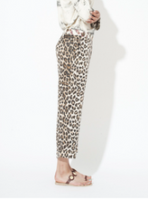 Load image into Gallery viewer, Miami pants La Prestic Ouiston. These pants in silk twill has a leopard print and a belt in fabric printed with feathers. The model has a straight, loose and short cut and a lapel on the bottom. The pants close at the front with a zip and a golden button and have two side pockets.