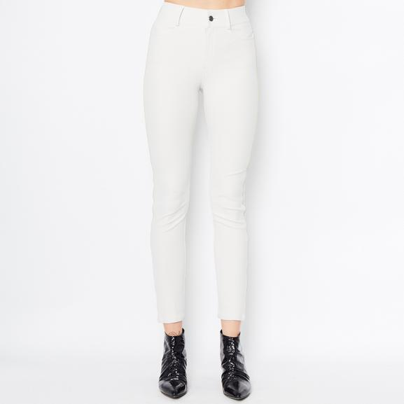 Tech Stretch Jeans W/ Leather Piping Quinley