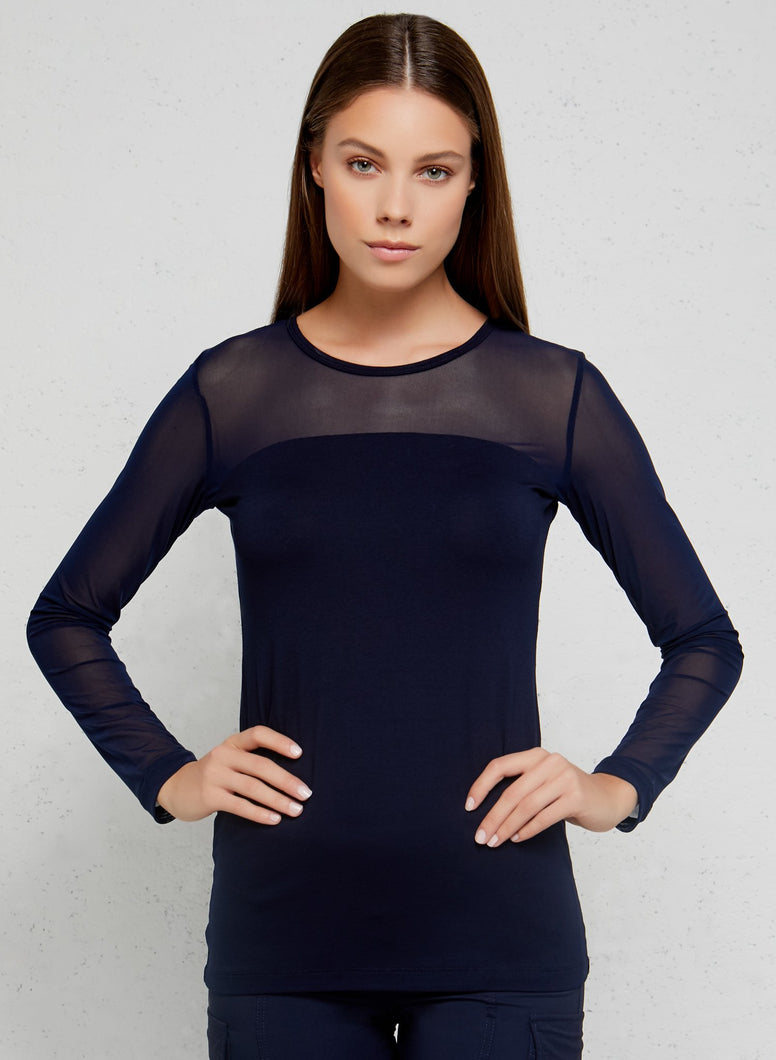 Slim fit Crewneck Long sleeves Mesh sleeves and yoke Hits slightly below waist Silky, signature stretch-jersey Figure-flattering and won't wrinkle in your suitcase Jersey: imported 96% cotton / 4% elastane Mesh: imported 94% polyester / 6% elastane