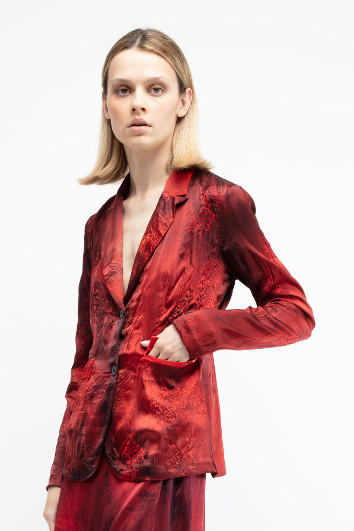 Rever fitted silk jacket with poppy flower embroidery   N/fire  Pre order now! Receive your order by May 15th, 2021 the latest.