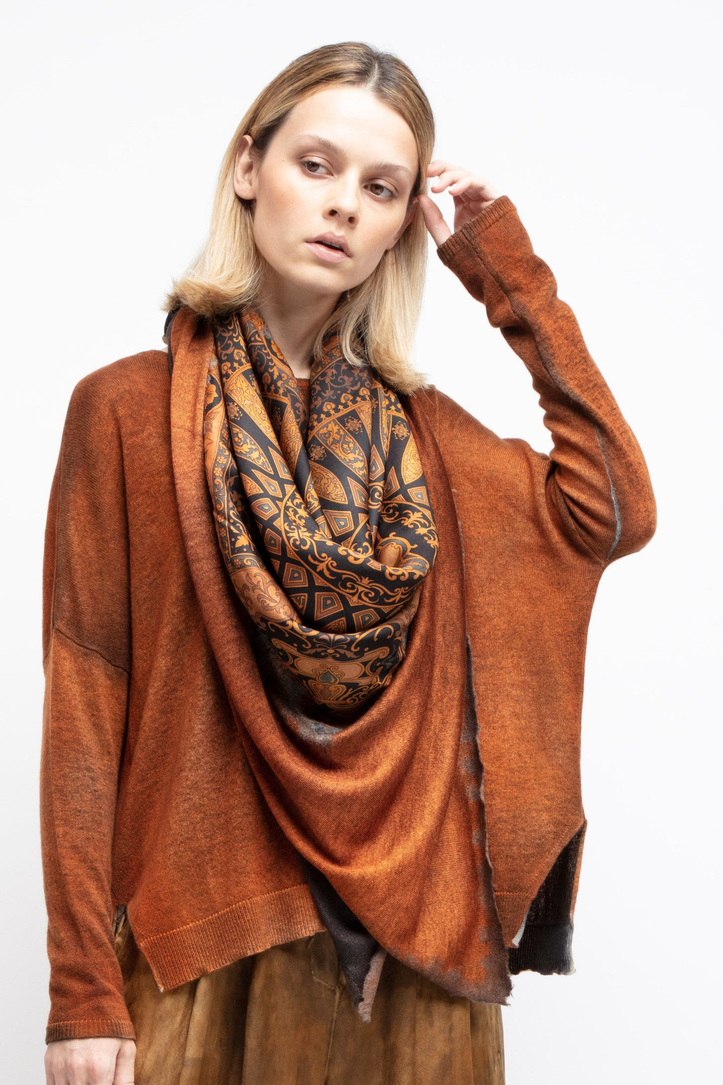 One of a kind foulard scarf   spring / summer   N/Marmalade   Pre order now! Receive your order by May 15th, 2021 the latest.