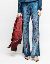 Load image into Gallery viewer, Flowered print silk pants shadows  Deep  Pre order now! Receive your order by May 15th, 2021 the latest.