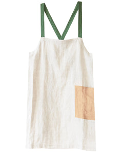 criss cross apron brooklyn fit in greenery