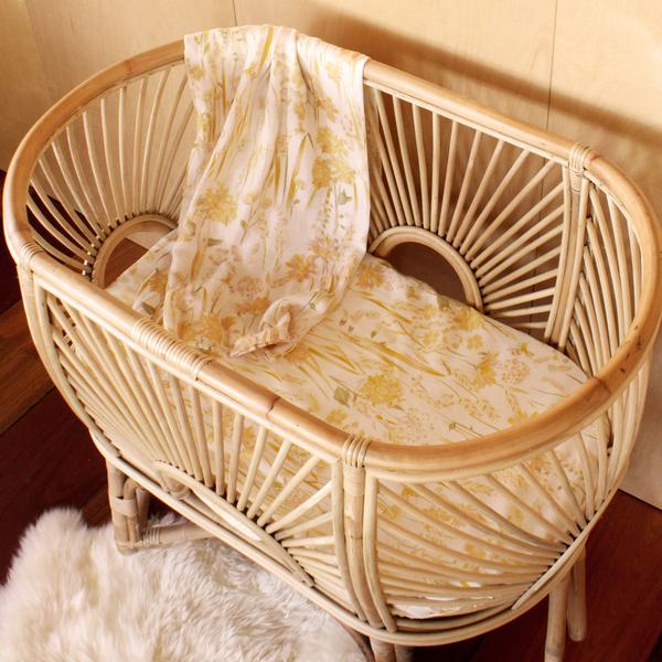 Goldfields Bassinet Sheet
