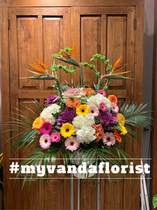 Grand Opening Flower Arrangement - Deluxe