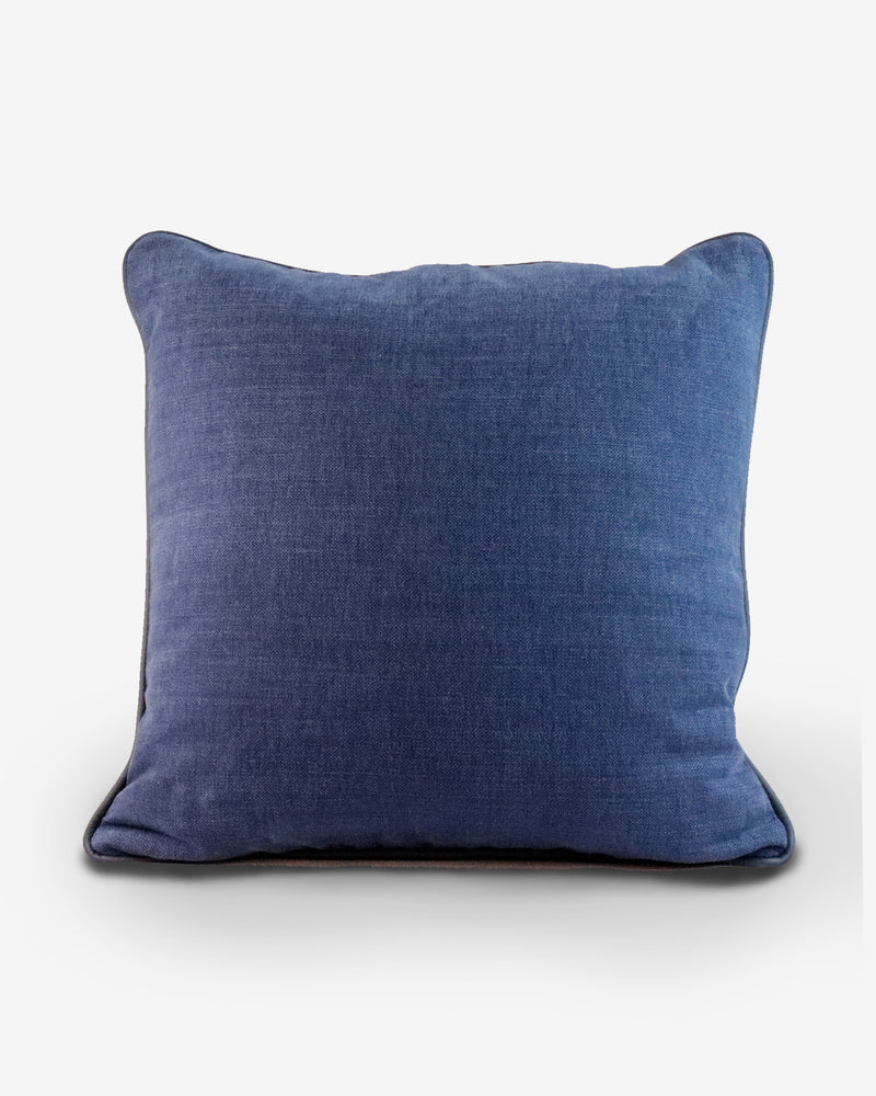BLU DORIS // Decorative Pillow 50x50