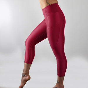 INVIGORATE High Waisted Cropped Running Leggings