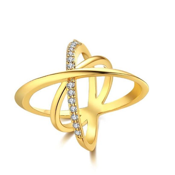 Intertwined Matrix Swarovski Elements Pav'e Cocktail Ring in Gold