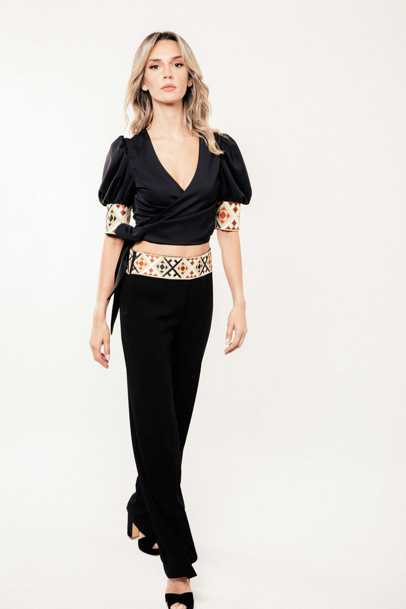 Embroidered Del Blouse - Black Tops RoseWaterHouse