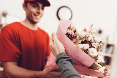 What You Need to Know When Buying Flowers Online