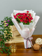 Red spray roses bouquet