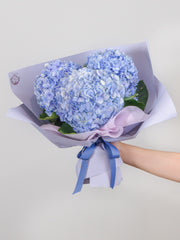 Three-stalk blue hydrangea bouquet