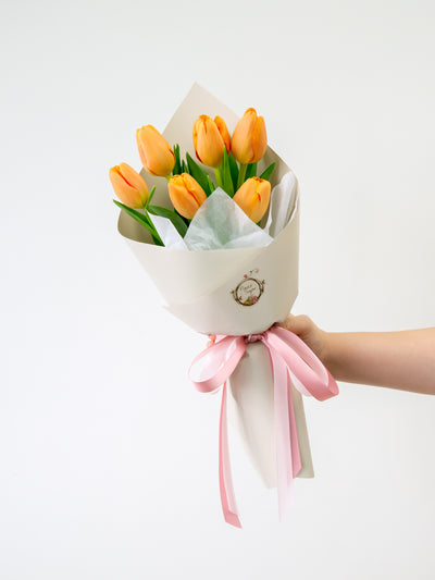 6 orange tulips bouquet