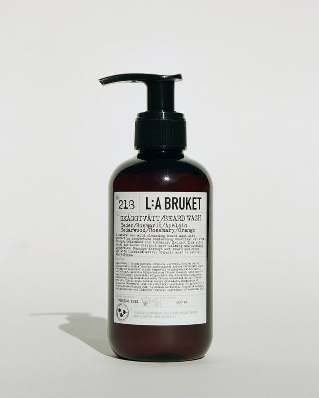 L:A Bruket 218 skægvask, Cedarwood/Rosemary/Orange, 200ml
