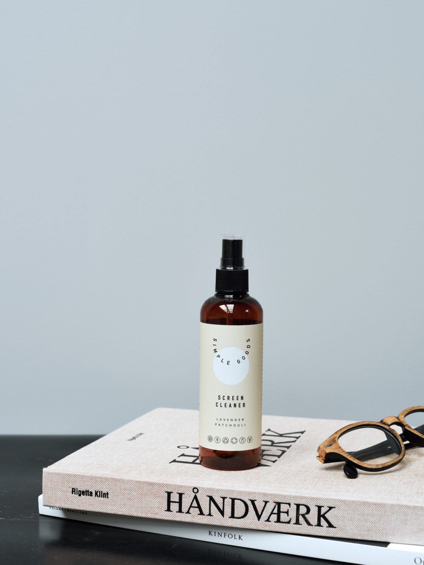 Simple Goods, Skærm Rens - Lavendel, Patchouli, 150 ml