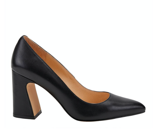 Curviegirl Black Pump