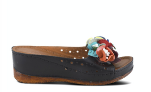 Flowerchild Slide Sandal