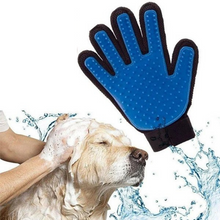 Load image into Gallery viewer, True Touch™ Pet Grooming & Deshedding Glove (1 Pair)