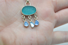 Load image into Gallery viewer, Chunky Bright Aqua Sea Glass and Cornflower Sea Glass Drops Necklace