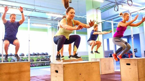 exercices-jambes-jump-squat