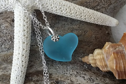 Handmade in Hawaii - Blue sea glass necklace