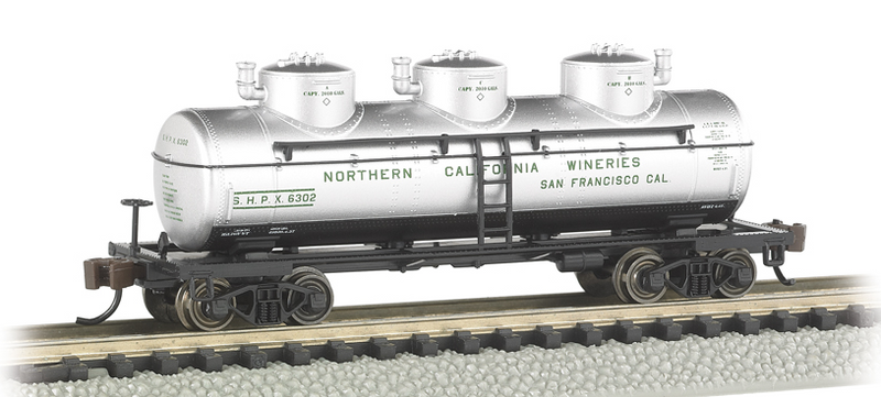 Bachmann 17153 Northern California Wineries - 3-Dome Tank Car, N Scale