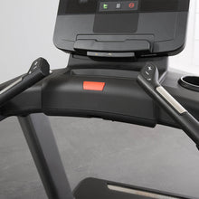 Load image into Gallery viewer, LIFE FITNESS Club Series + Treadmill X Console
