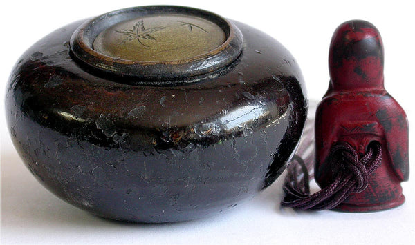 Antique Edo Carved Fukurokuju Lacquer Wood Netsuke Kurawa Tonkotsu Ashtray Sagemono 福禄寿