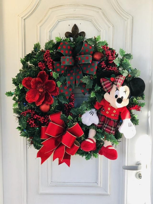 "A Warm Winter Welcome""Mickey Wreath 🌲"