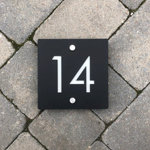Lataa kuva Galleria-katseluun, Modern Square House Number Sign 15 cm x 15 cm - Kreativ Design Ltd